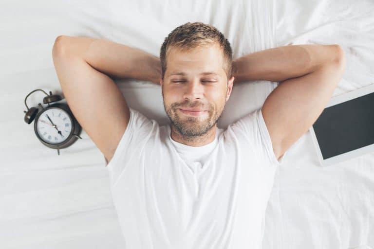 Hombre descansando